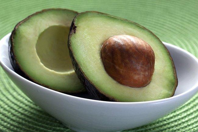 Авокадо на вкус напоминает