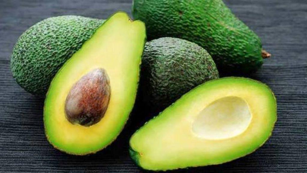 avocado-dlya-pecheni